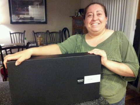 """HISCEC thanks for the great conference Fabiola  received  today the price winner laptop"" - Salvador Sanchez"